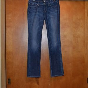 Lucky Brand Medium Wash Jeans Size 6/28